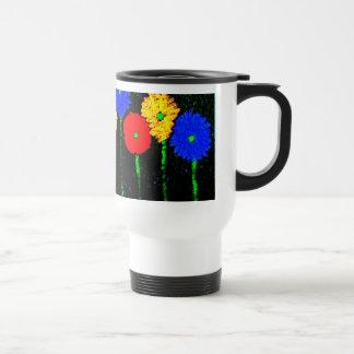 Globos y taza del viaje de las flores