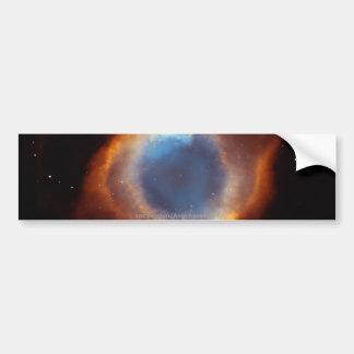 Gloria iridiscente de la nebulosa próxima de la hé etiqueta de parachoque