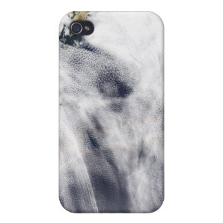 Glory over the Pacific Ocean iPhone 4 Case