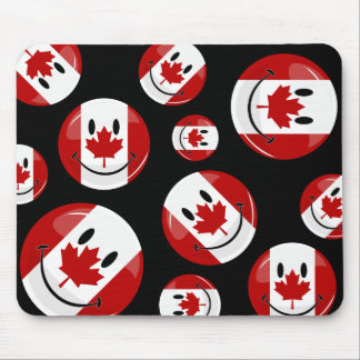 Glossy Round Smiling Canadian Flag Mouse Pad