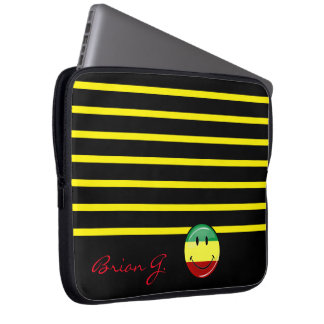 Glossy Round Smiling Rasta Colors Flag Computer Sleeves