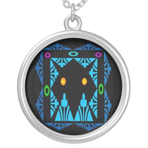 Glowing Eyes Round Pendant Necklace