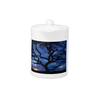 Gnarly Tree Teapot