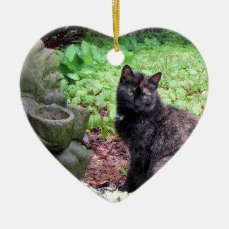 Gnomo del jardín y gatito negro y anaranjado ornamento para arbol de navidad