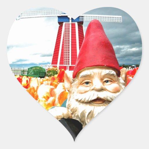 Gnomo del molino de viento pegatina de corazón personalizadas