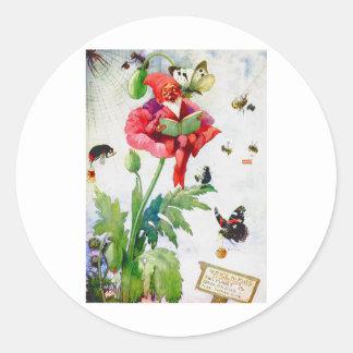 Gnomo en una flor de la amapola pegatinas redondas