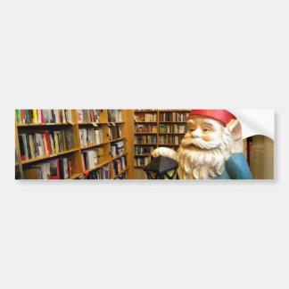 Gnomo I de la biblioteca Etiqueta De Parachoque