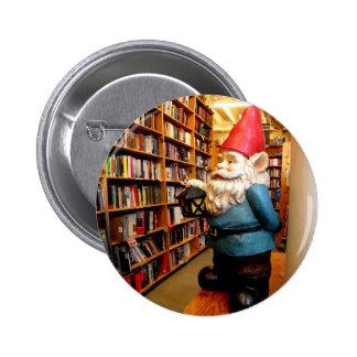 Gnomo II de la biblioteca Pin Redondo De 2 Pulgadas