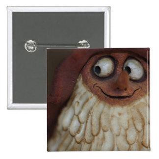 Gnomo sonriente pin cuadrado