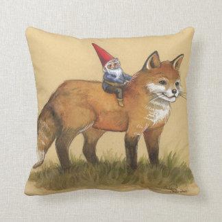 Gnomo y almohada del Fox Cojín Decorativo