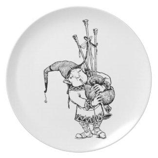 Gnomo y sus gaitas platos