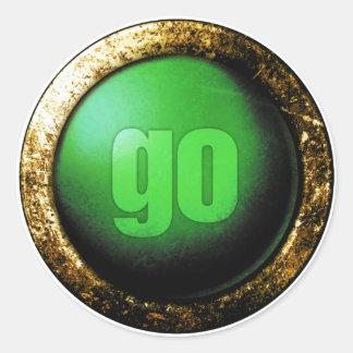 Go Classic Round Sticker