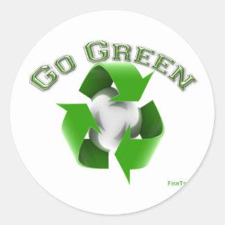 Go Green -Conservation Gear Classic Round Sticker