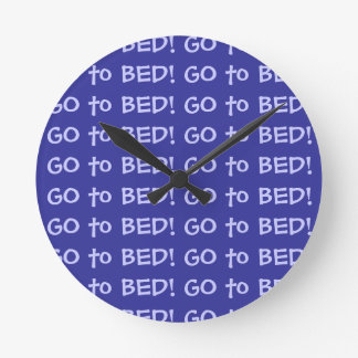 Go to Bed Round Wallclock