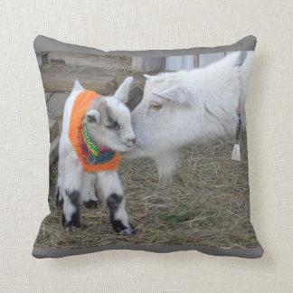Farm Animal Throw Pillows : Kids Pillows - Decorative & Throw Pillows Zazzle