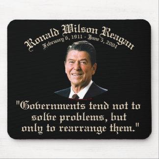 Gobierno y problemas de Reagan Alfombrillas De Ratones