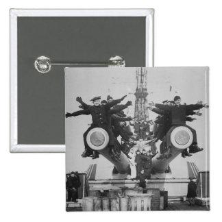Gobs y armas en USS Tejas Pin