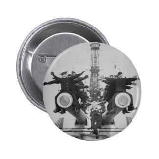 Gobs y armas en USS Tejas Pins