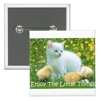 Goce de los animales lindos de las pequeñas cosas pins