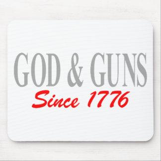 GOD & GUNS MOUSE PAD