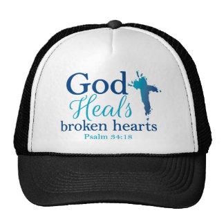God Heals broken hearts Psalm 34:18 Trucker Hat