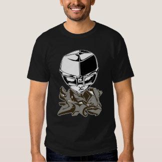 Goggles with graffiti t-shirt