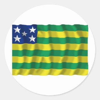 Goiás, bandera que agita del Brasil Pegatina Redonda