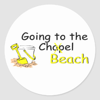 Going To The Beach (Pail) Classic Round Sticker