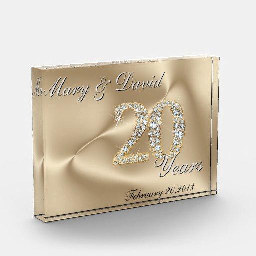 Gold 20 Year Anniversary Award