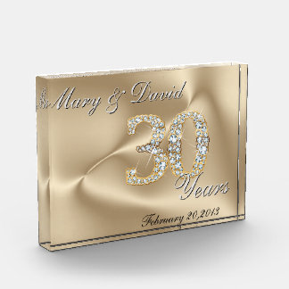 Gold 30 Year Anniversary Award