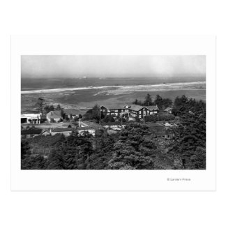 Gold Beach, Oregon Town View and Sunset Inn Postcard