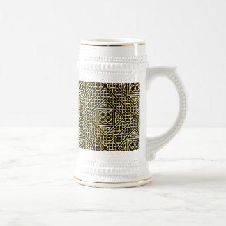 Gold Black Square Shapes Celtic Knotwork Pattern 18 Oz Beer Stein