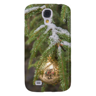 Gold Glass Christmas Ornament On Evergreen Tree Samsung S4 Case