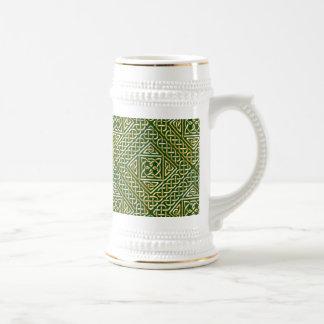 Gold Green Square Shapes Celtic Knotwork Pattern 18 Oz Beer Stein