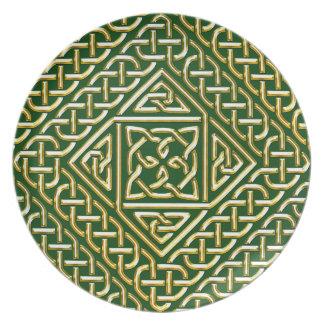 Gold Green Square Shapes Celtic Knotwork Pattern Dinner Plate