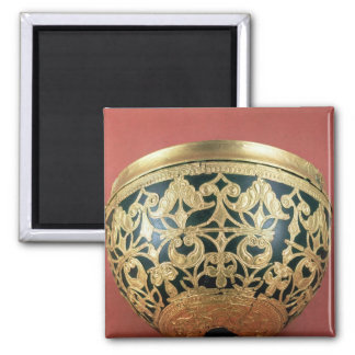 Gold openwork for a varnished bowl 2 inch square magnet