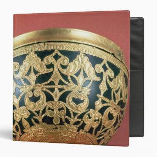Gold openwork for a varnished bowl 3 ring binder