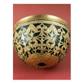 Gold openwork for a varnished bowl postcard