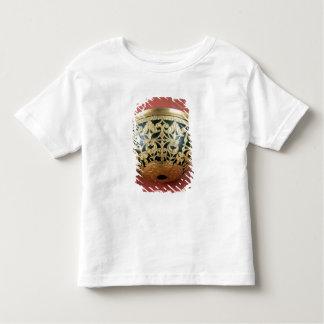 Gold openwork for a varnished bowl t-shirt