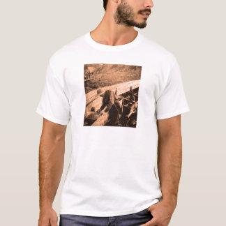 gold panner T-Shirt