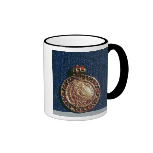 Gold pendant in the form of a coin ringer coffee mug