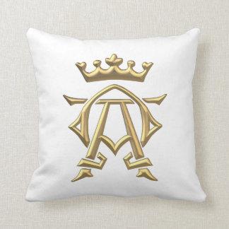 Gold Crown Throw Pillow : Golden Crown Pillows - Decorative & Throw Pillows Zazzle
