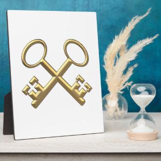 "Golden ""3-D"" St. Peter's Keys Plaque"