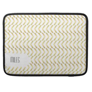 Golden Chevron Pattern, Elegant, Modern, Stylish MacBook Pro Sleeve