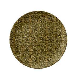 Golden Connected Ovals Celtic Pattern Porcelain Plates
