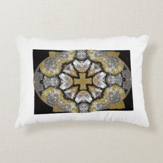 Golden delicious   cross-country race         pill accent pillow