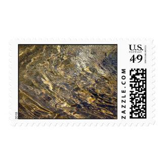 Golden Fountain Water 2 – Medium stamp