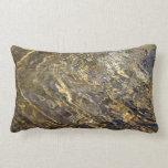 Golden Fountain Water 2 Pillows