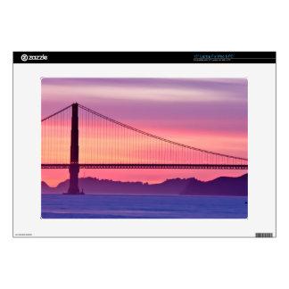 """Golden Gate Bridge at Sunset 15"""" Laptop Skins"""