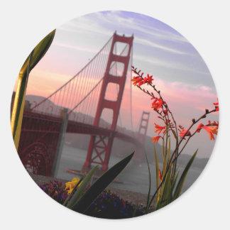 Golden Gate Bridge Garden view1 Round Sticker